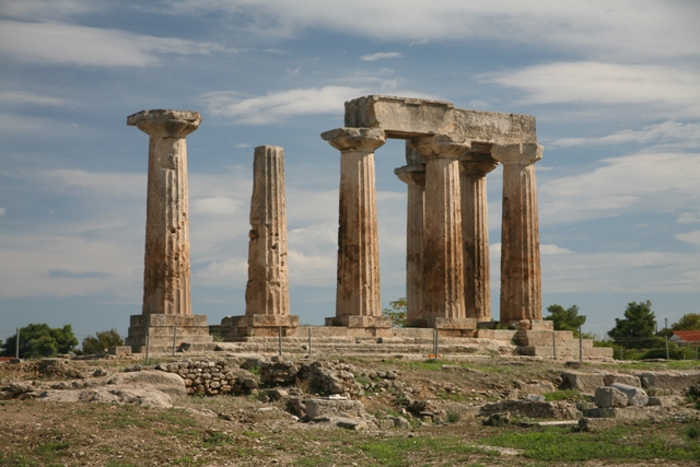 Ancient Corinth - The archaic Doric temple of Apollo