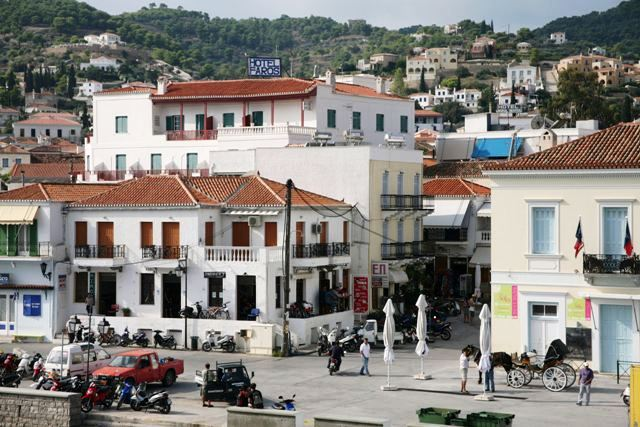 Spetses Island - Hotels, shops, cafes and bars along the harbour front