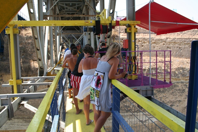 Corinth Canal - The Corinth Canal Zulu bungy jump queue