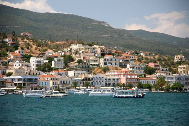 Galatas - Taxi-boats will also take you to some local beaches