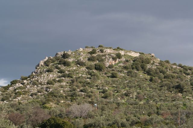 Kazarma - View of the Acropolis of Kazarma (Ancient Lassa)