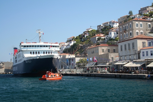 Hydra Island - Large cruise ships arrive from Piraeus with day visitors