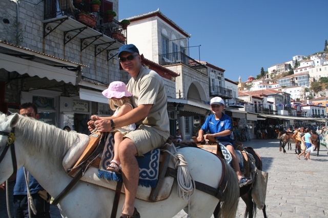 Hydra Island - Rides for the children are an adventure