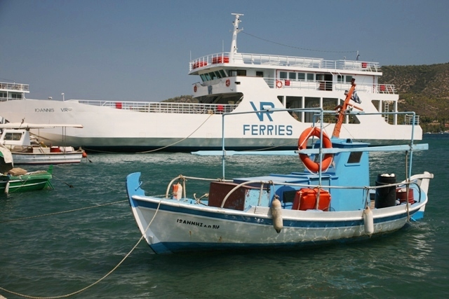 Galatas - Ferry-boats take transport as well as passengers