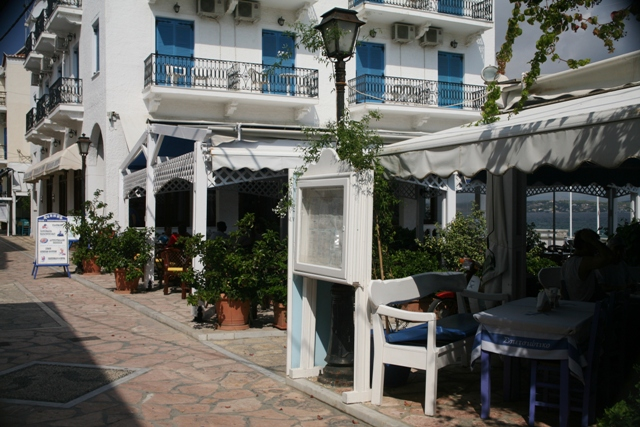 Spetses Island - After shopping - have a coffee or cold beer