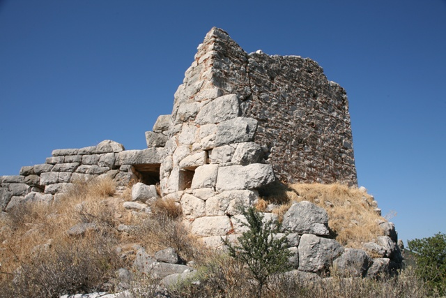 Kazarma - Part of the Mycenaean top tower with later repairs