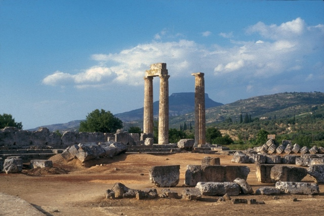 Ancient Nemea - The original 3 Temple columns discovered