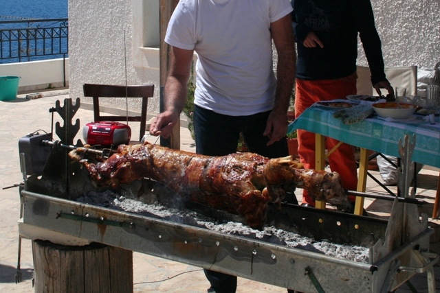 Easter in Ermioni: Easter Sunday feast