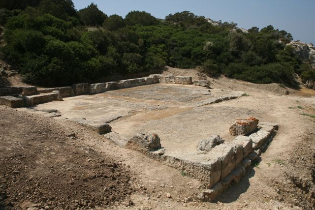 Ancient Heraion - Dining area for visitors to the sanctuary