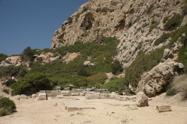 Ancient Heraion - Approach to the 3-aisle temple of Hera Akraia