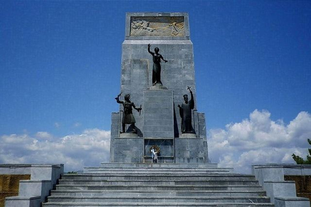 Kalavrita - Monument to the Heroes of the War of Independence