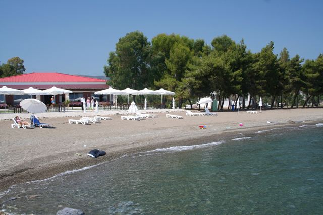 Makis Inn beach - 10 kms from Ermioni