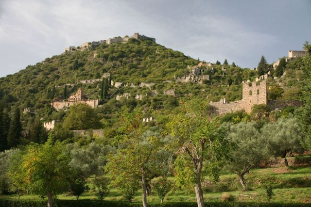 Mystras - Medieval site viewed from the main road