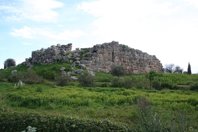 Tiryns - The citadel viewed from the Northern approach