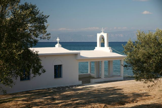 Porto Heli - Ververonda - Beachfront church