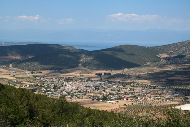 The valley and village of Didyma