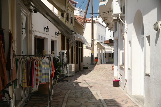 Wander around the narrow streets of Spetses town