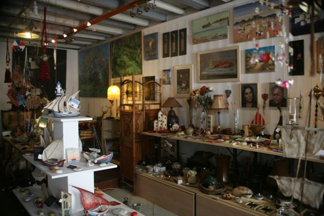 You'll find a number of interesting antique and gift shops