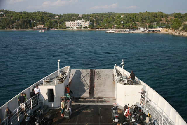 Return on the 16:30 ferry-boat to Kosta