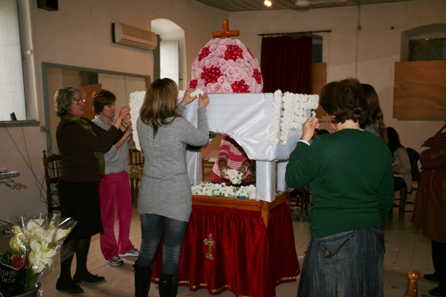 Easter in Ermioni: Great Thursday