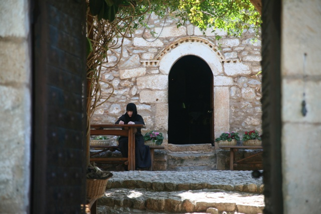 Agnoundos Monastery - Entrance to the church of Panaghia