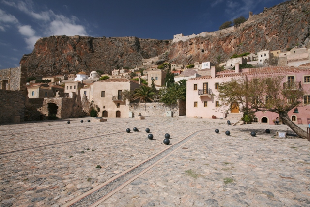 Monemvasia - Lower square of Panaghia Chrysafitissa