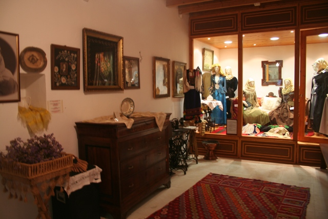 Display of traditional wall decorations and furniture