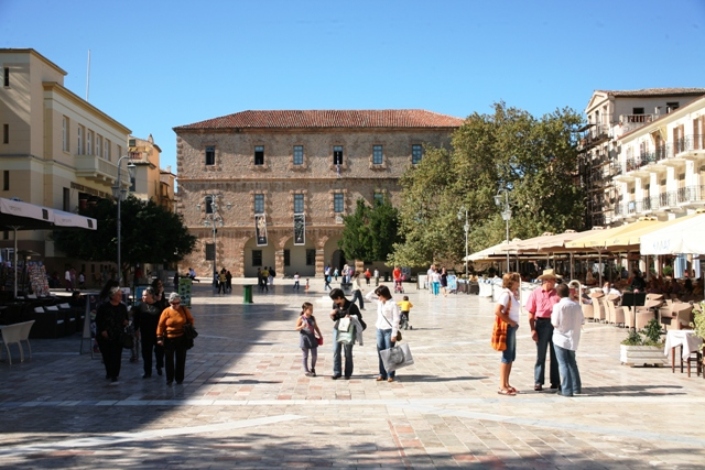 Syntagma square in the old town