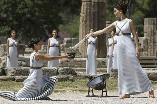 Ancient Olympia - Lighting the Olympic flame