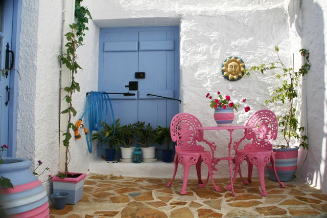 LemonTree House - small private courtyard area