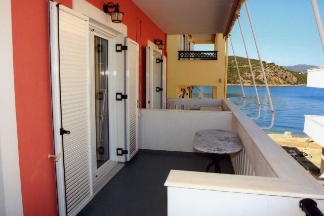 Vasilis' Apartments - Side rooms have partial sea/village views