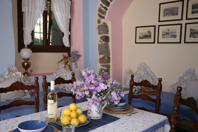 Holiday Rentals in and around Ermioni