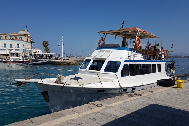 Spetses Island - Extra weekend boat 'Spetses Express II'