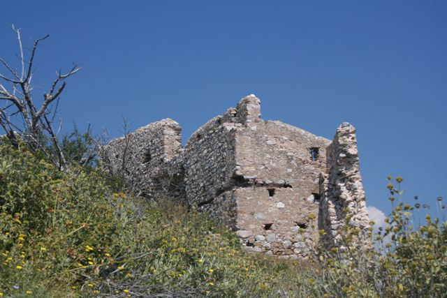 Thermisia Castle - Lizard Rock