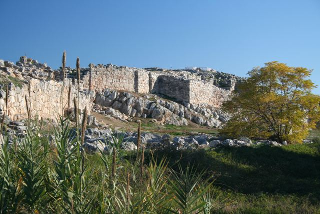 Tiryns is alongside the main road from Nafplio to Argos