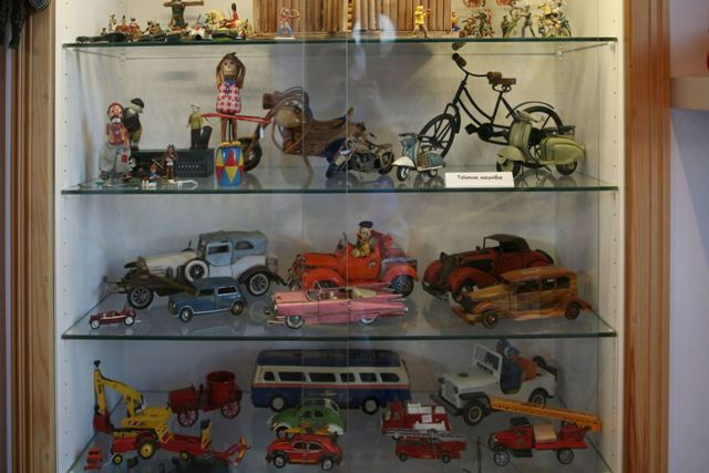 Toy Museum: Collection of metal and wooden toys